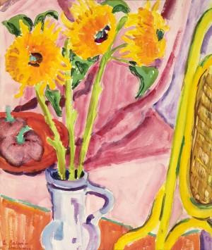 Sonnenblumen im Zimmer mit gelbem Stuhl ⋅ um 1950 Image